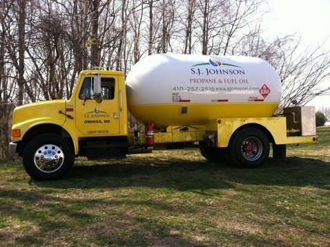 SJ Johnson Propane Truck